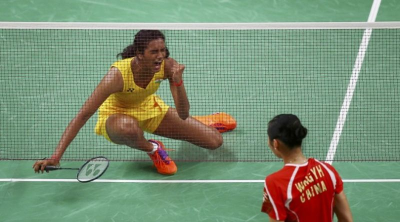 Photo #2 - India - Sports - pv_sindhu_lost_olympics_gold