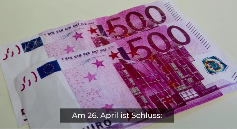 Photo #1 - Germany - Finance - 20420193note