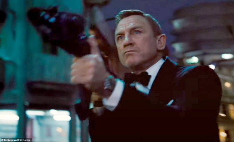 Photo #1 - U.K. - Cinema - 4920208bond